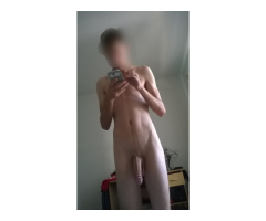 Hung Bisexual Escort